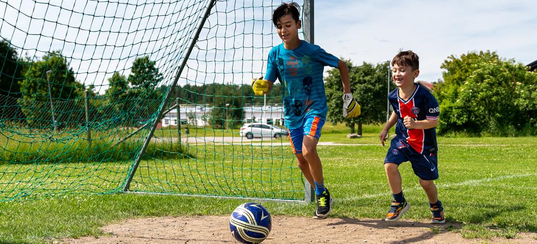 Fotbollsspel på gryta i Västerås